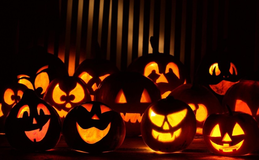 many_halloween_pumpkins